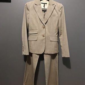 Femme de Carriere pant suit, Size 2